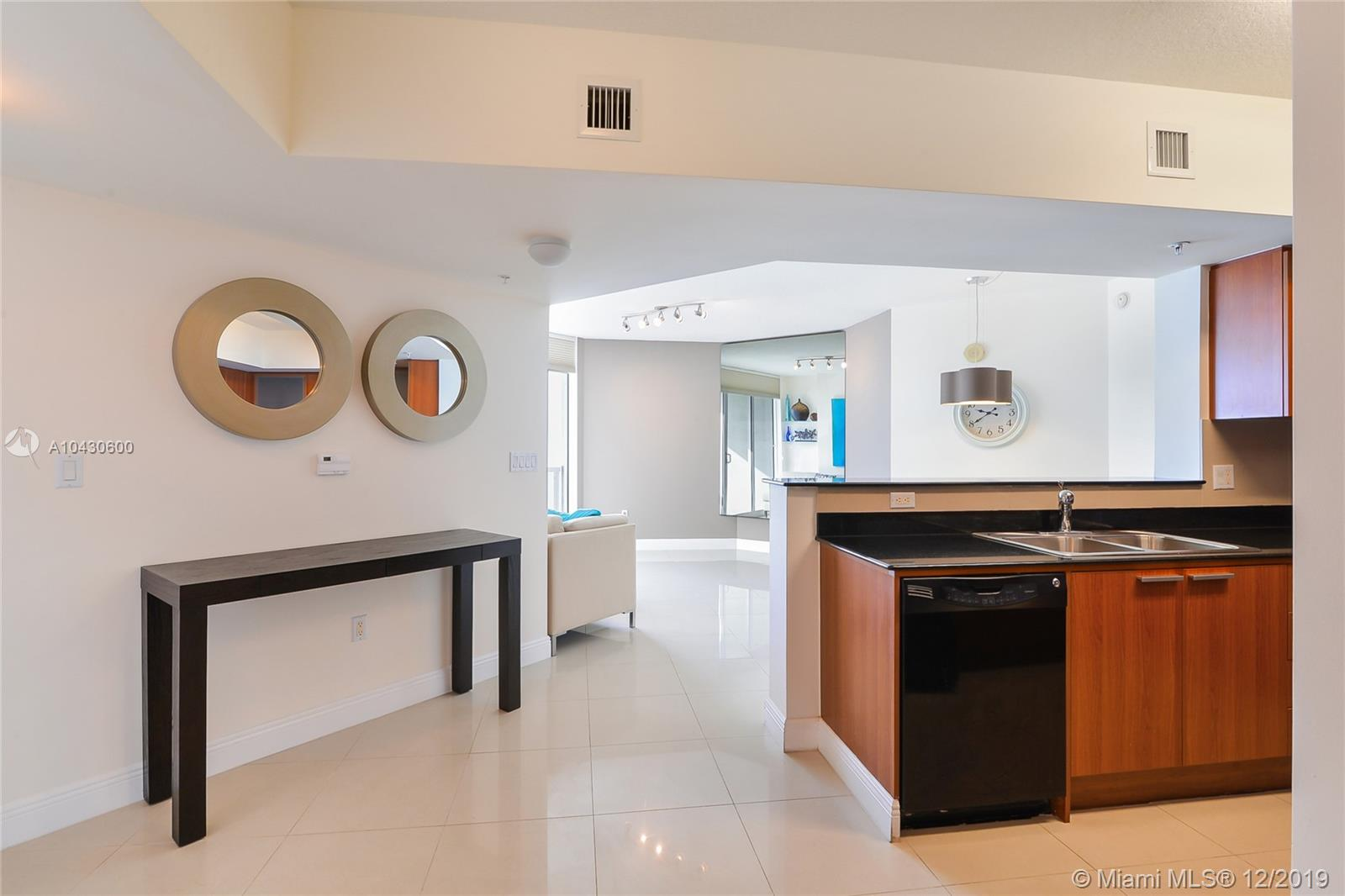 16699 Collins Ave #1709 photo05