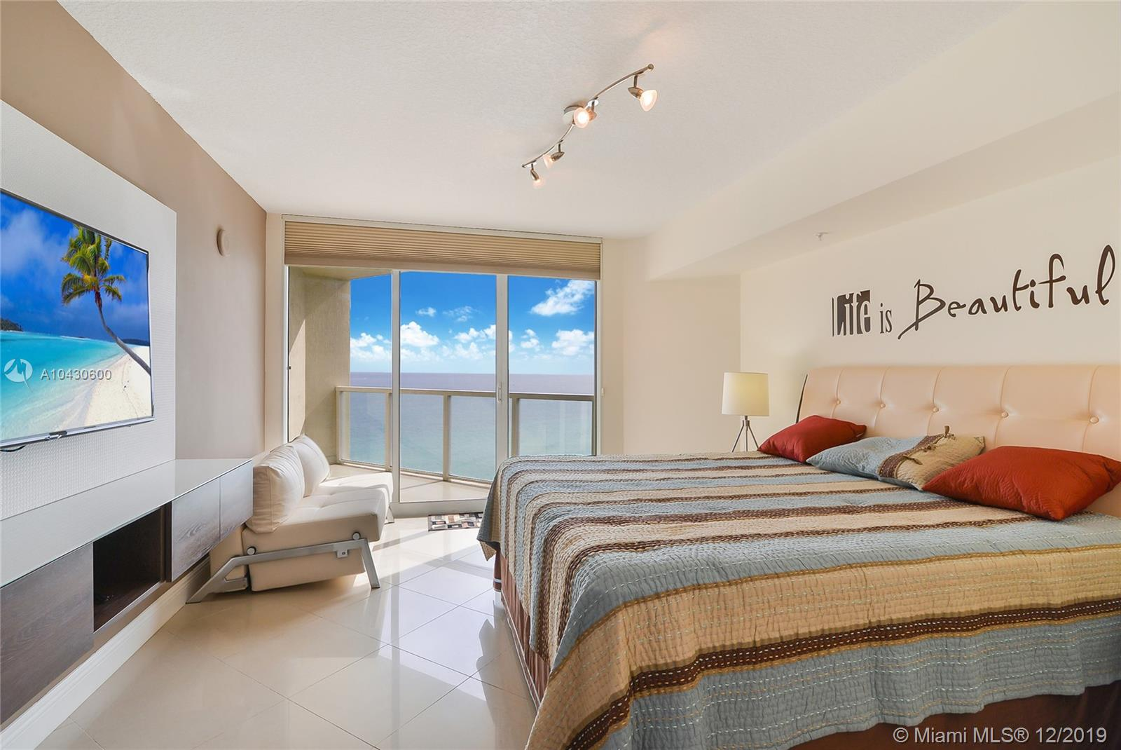 16699 Collins Ave #1709 photo08