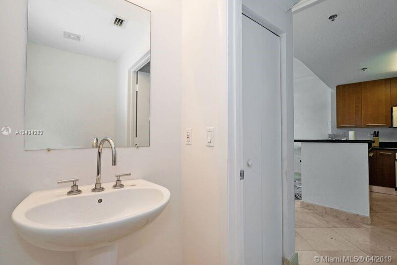 6515 Collins Ave #901 photo020