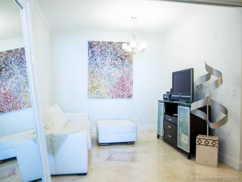 888 BISCAYNE BLVD #3605 photo014