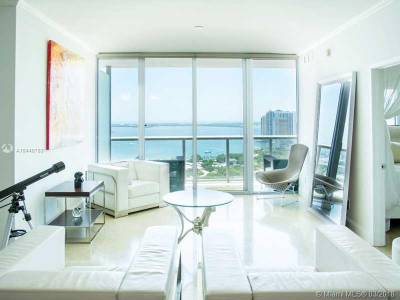 888 BISCAYNE BLVD #3605 photo04