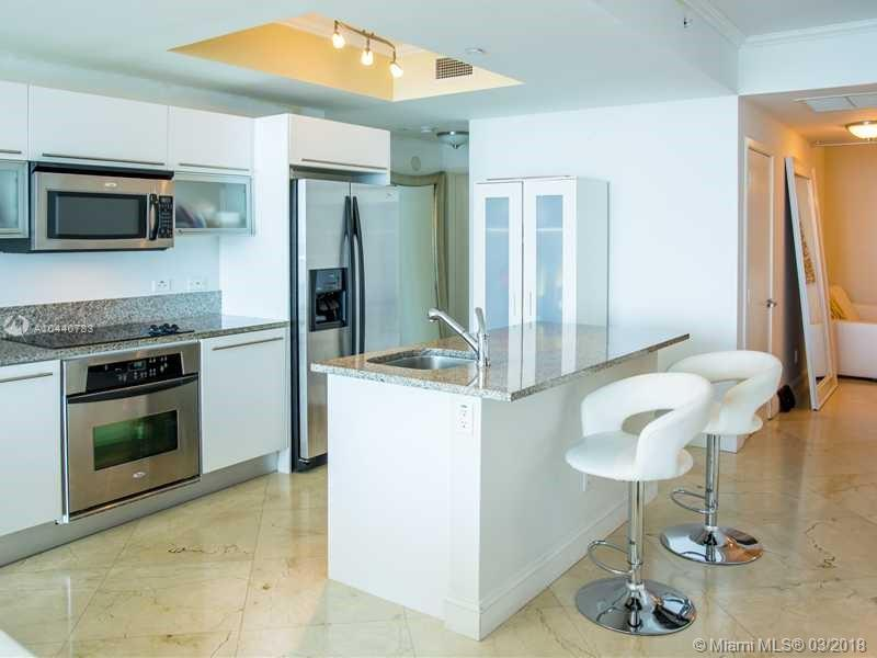 888 BISCAYNE BLVD #3605 photo07
