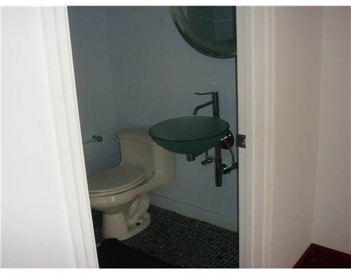 Property 21050 POINT PL #2001 image 3