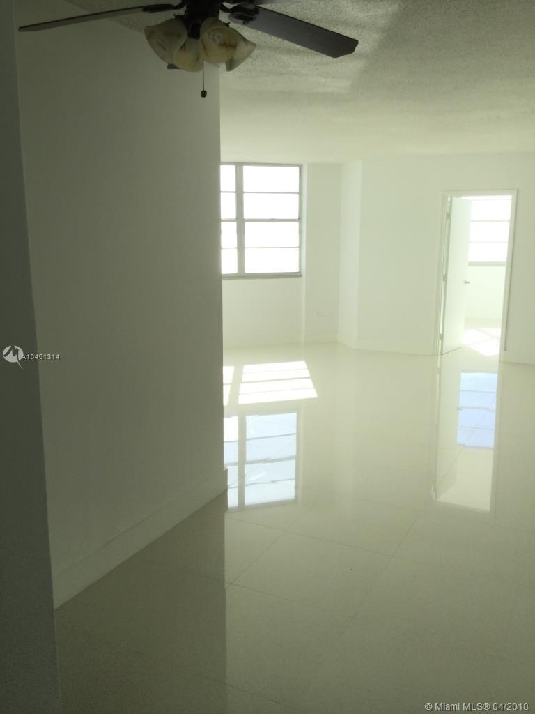 801 Brickell Bay Dr # 368, Miami, Florida 33131, 1 Bedroom Bedrooms, ,2 BathroomsBathrooms,Residential,For Sale,801 Brickell Bay Dr # 368,A10451314