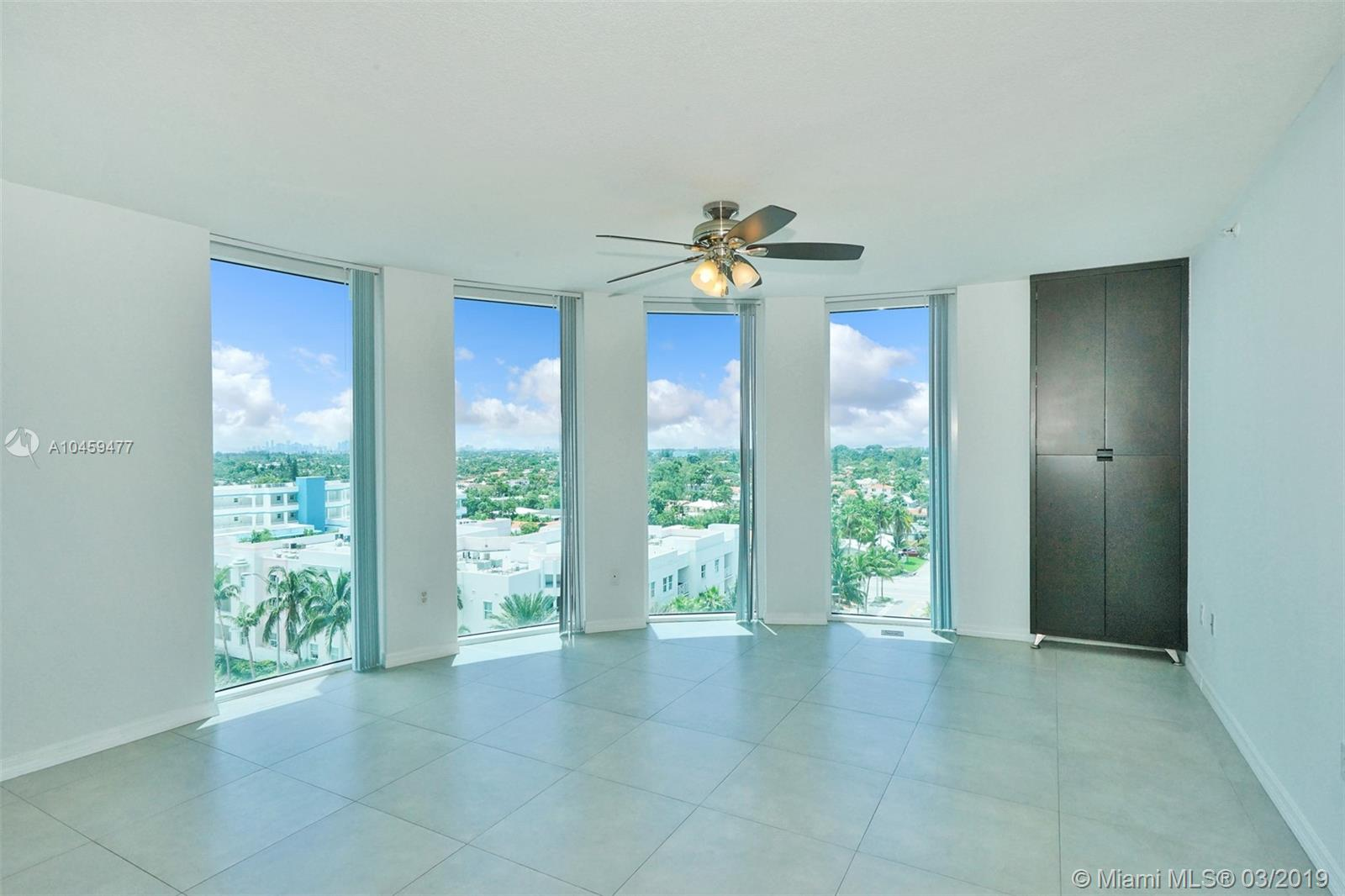 9201 Collins Ave #822 photo01