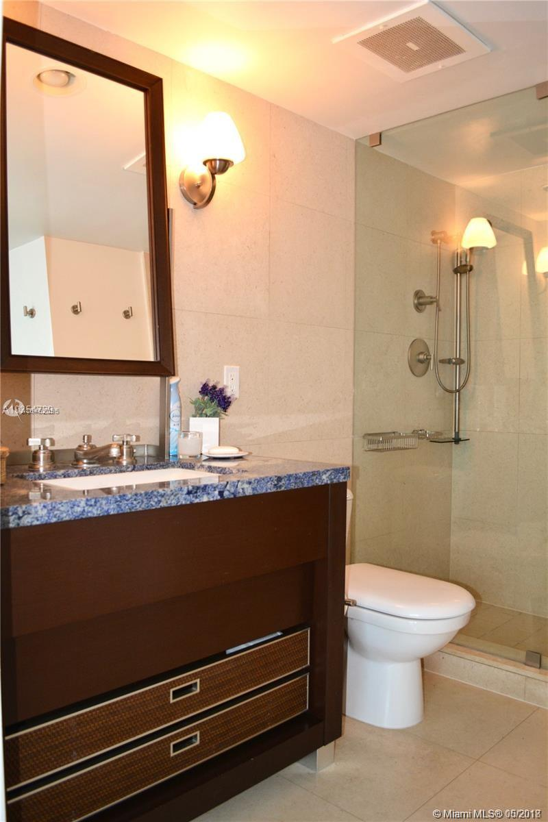 6801 Collins Ave #1407 photo09
