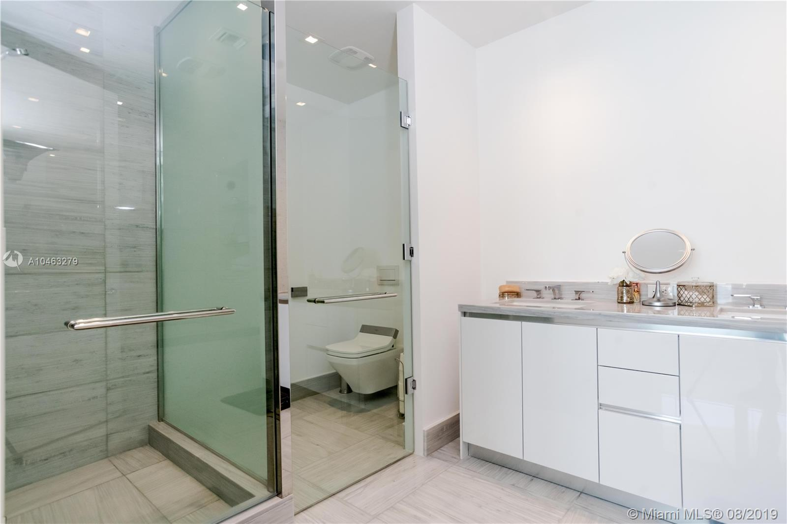 16901 Collins Ave #604 photo024