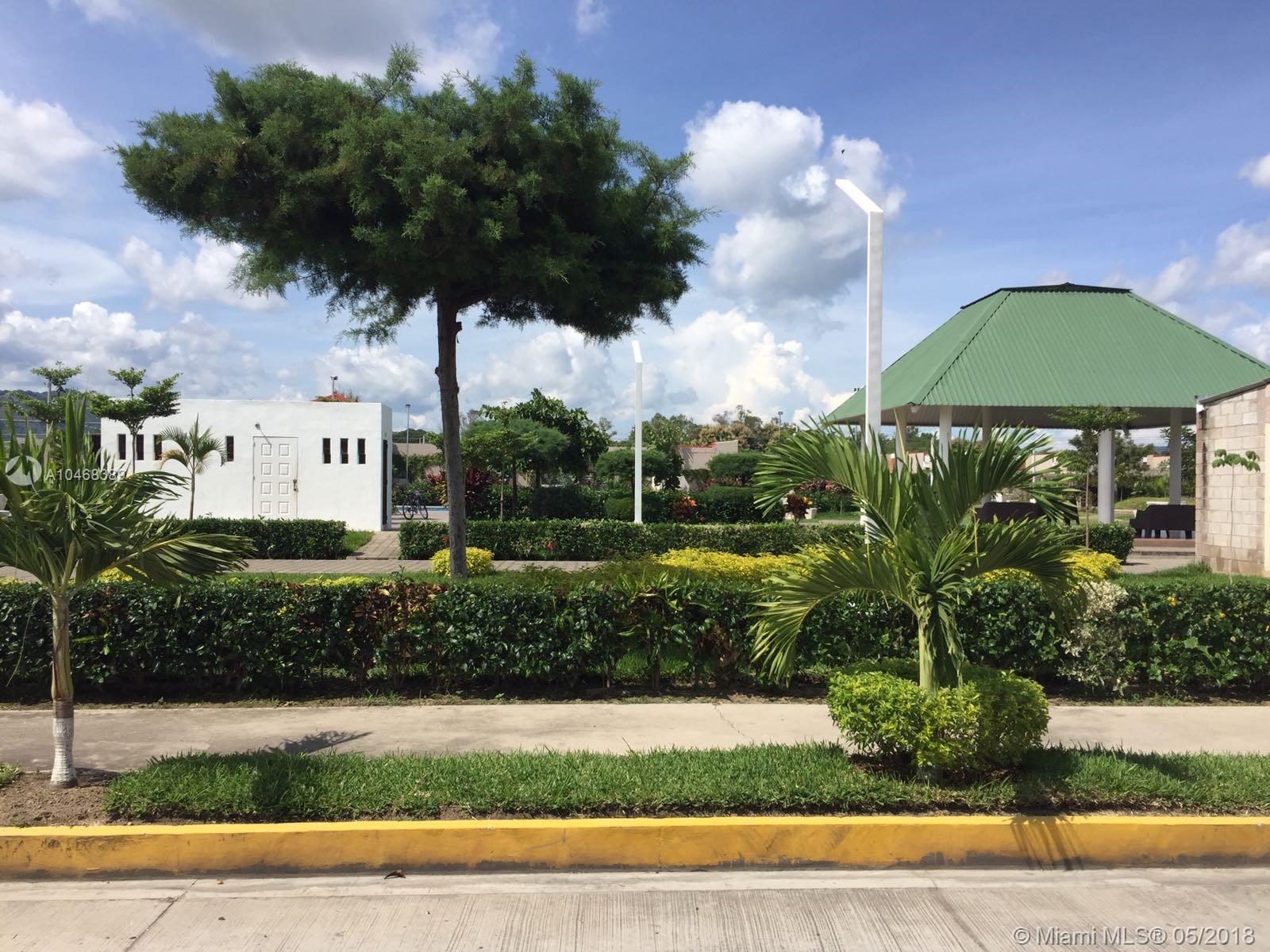 4 Poligono, Florida 1, 3 Bedrooms Bedrooms, ,2 BathroomsBathrooms,Residential,For Sale,4 Poligono,A10468389