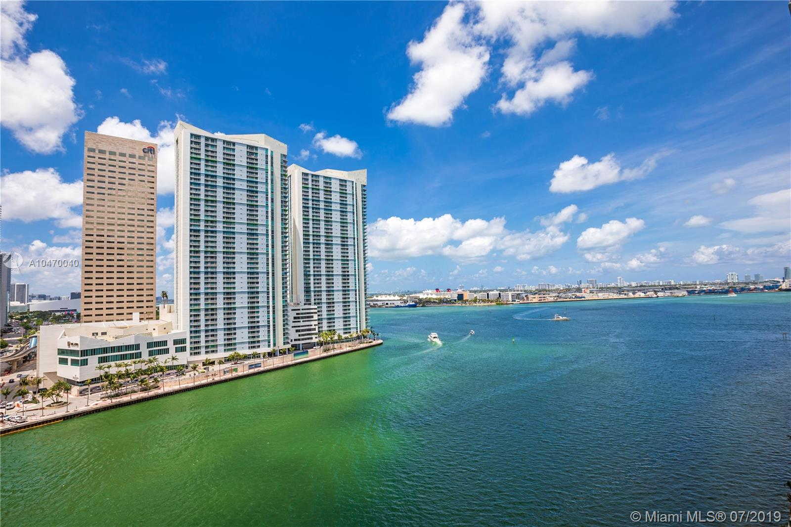 901 Brickell Key Blvd #1406 photo03