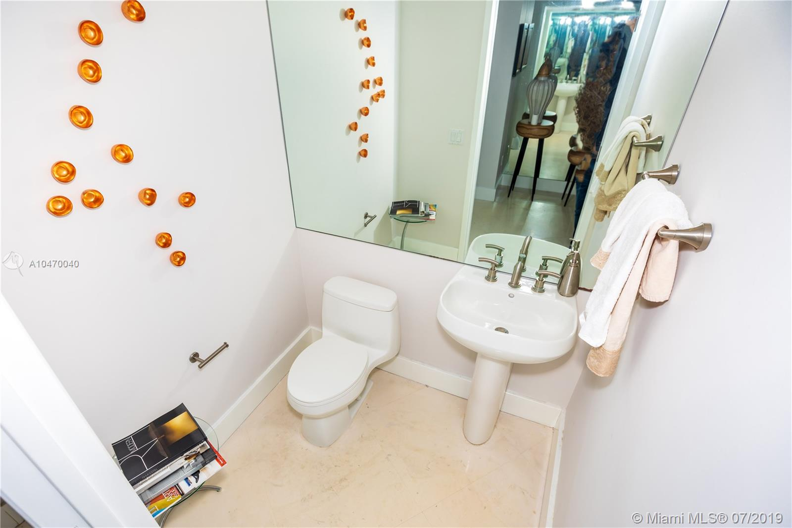 901 Brickell Key Blvd #1406 photo09