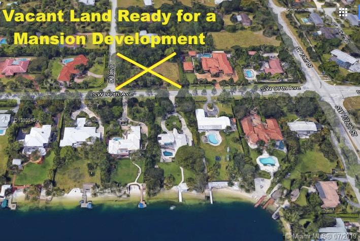 9701 SW Miami FL 33176 is listed for sale as MLS Listing D1393945 6 photos