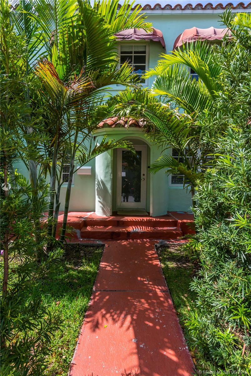 837 Espanola Way photo09