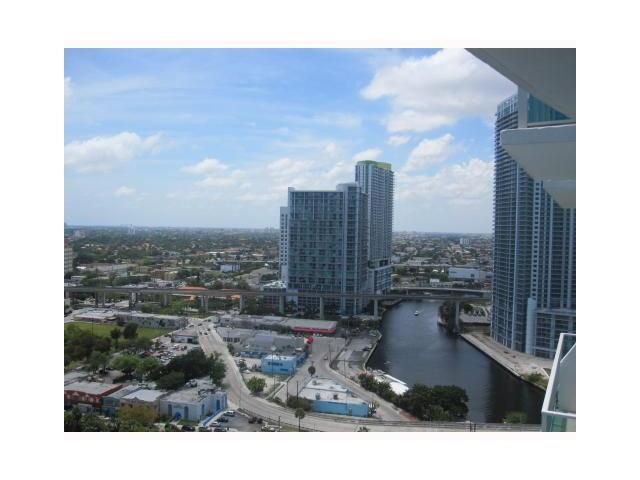 Brickell on the River #1410 photo03