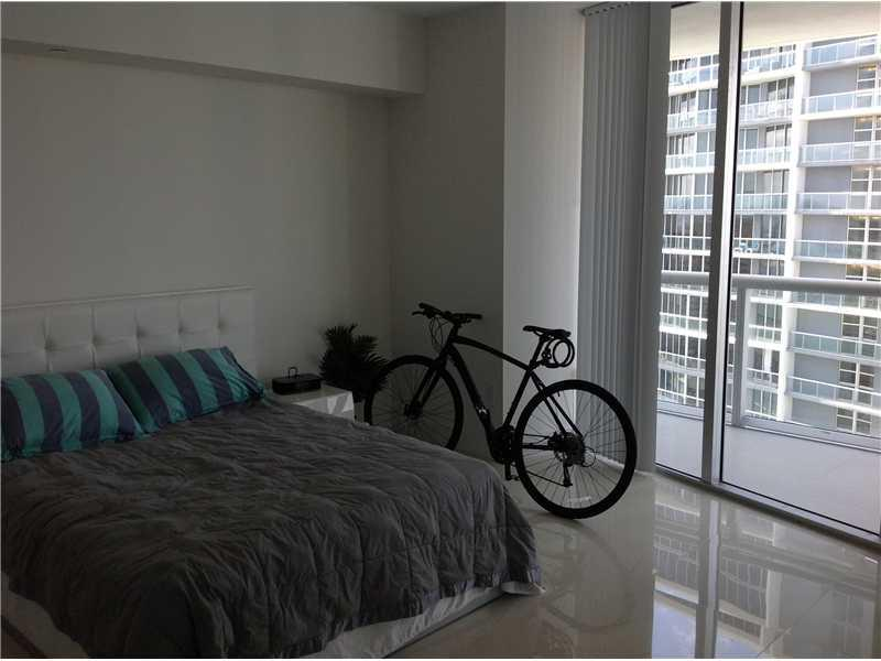 Icon Brickell #5011 photo16