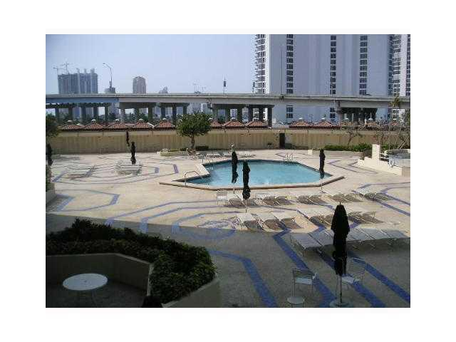 Turnberry Towers #3-F photo10