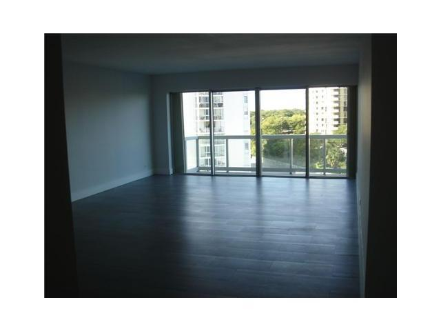 Brickell Townhouse #6M photo12