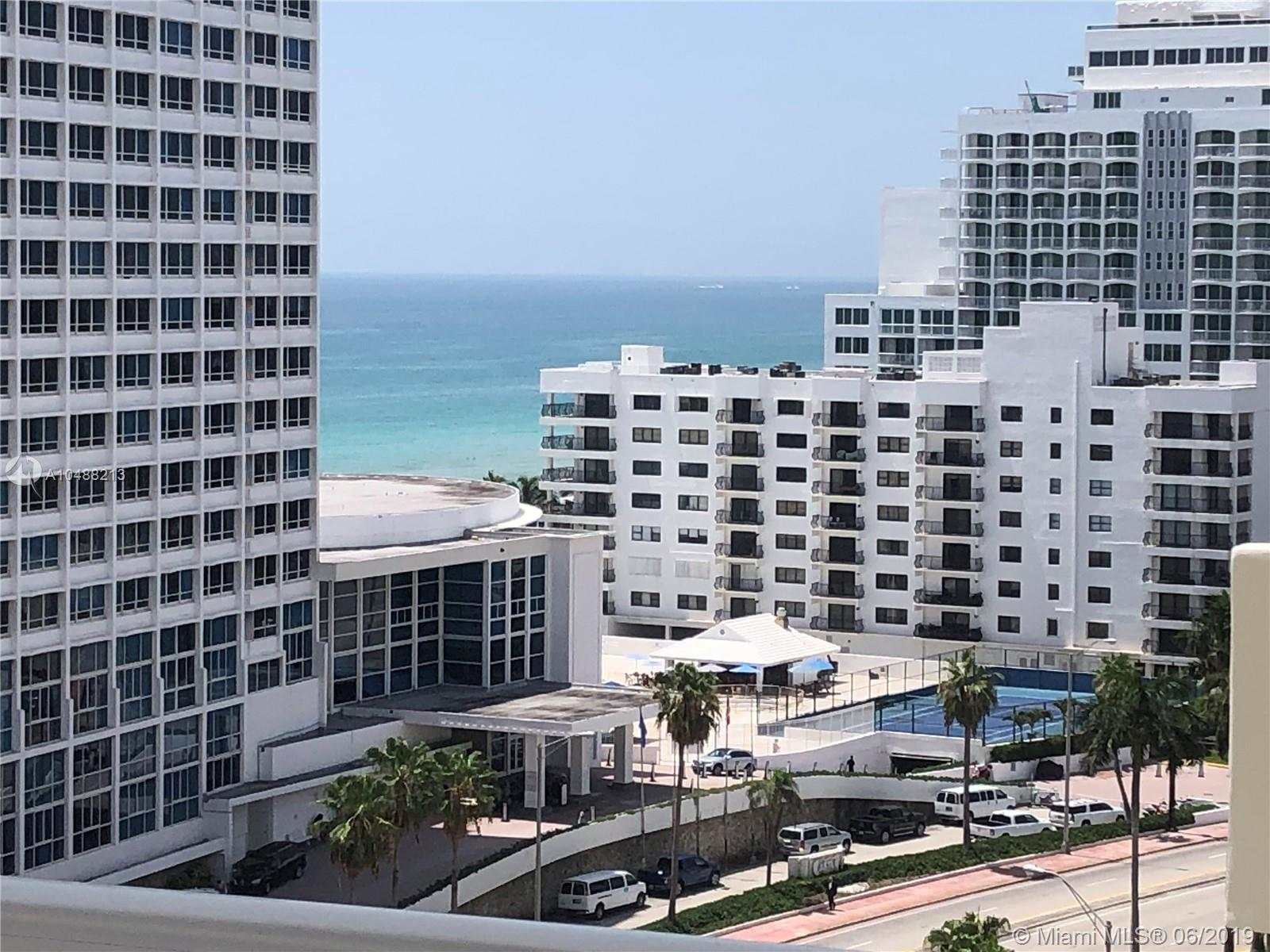 5600 Collins Ave #14B photo02