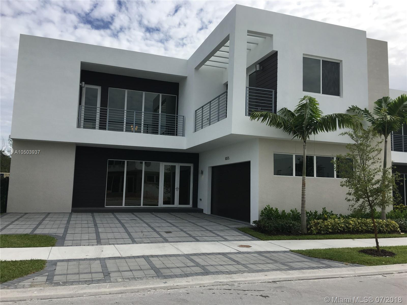 10075 NW 77th St, Doral, Florida 33178, 5 Bedrooms Bedrooms, ,5 BathroomsBathrooms,Residential,For Sale,10075 NW 77th St,A10503937