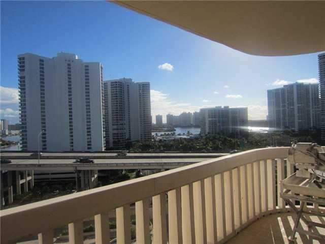 Turnberry Towers #9-F - 07 - photo