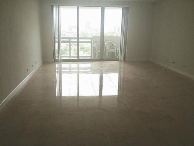 Flamingo South Beach #1502S - 03 - photo