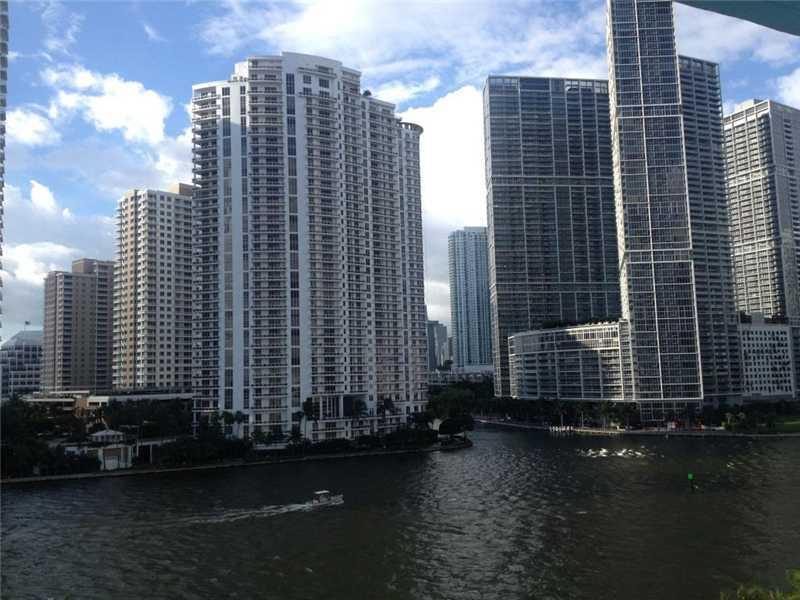 One Miami #721 - 02 - photo