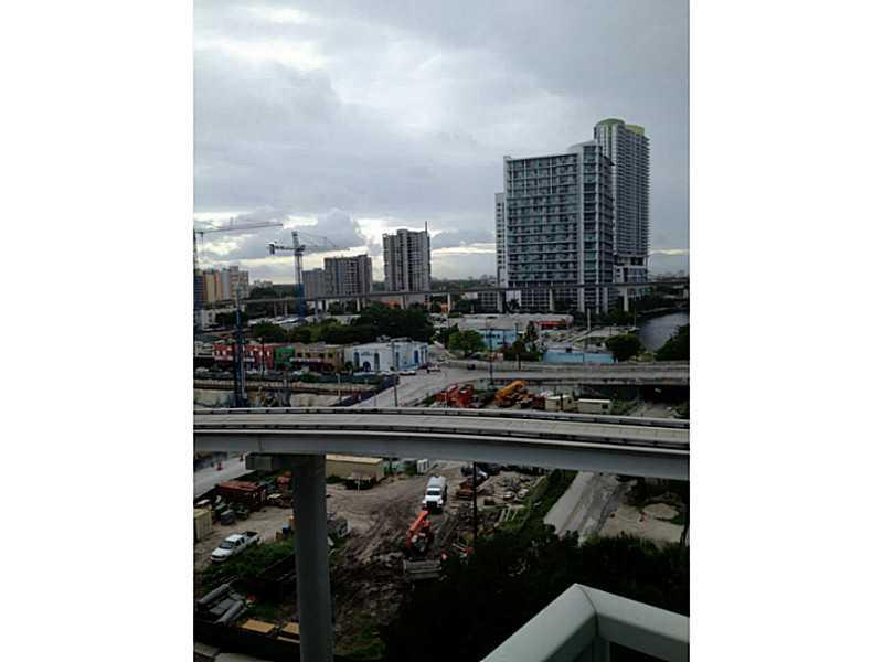 Brickell on the River #612 - 01 - photo