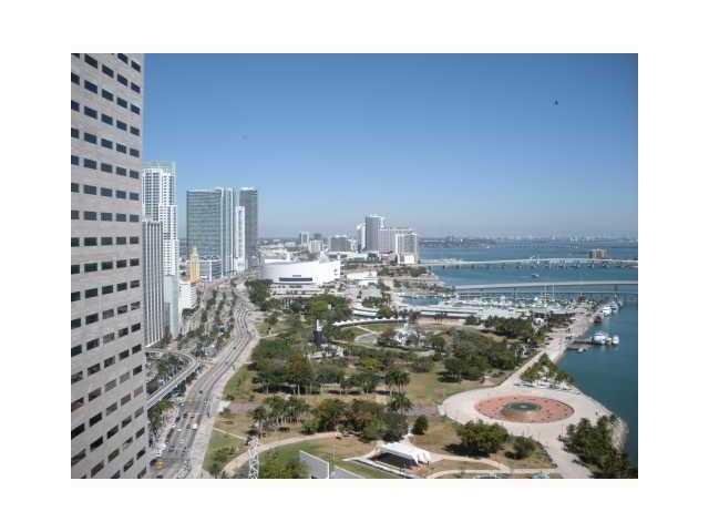One Miami #3322 - 04 - photo
