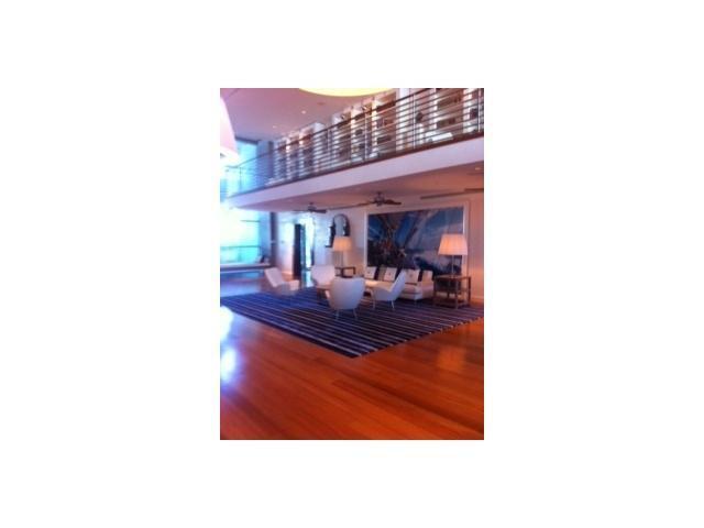 Grovenor House #1001 photo01