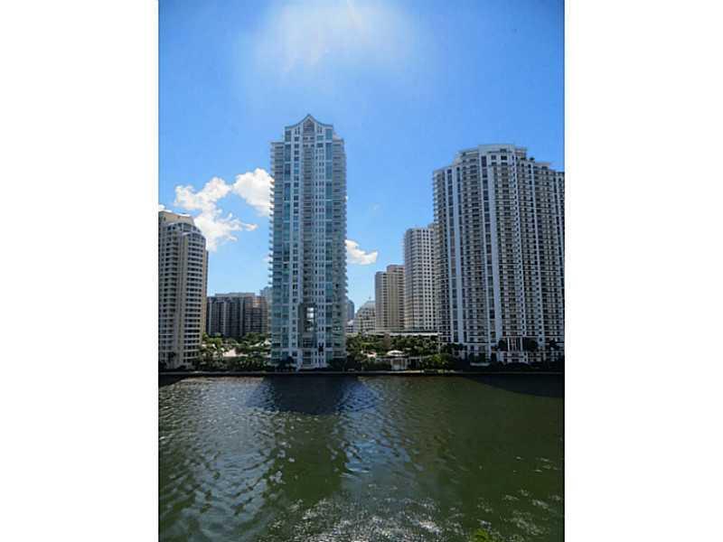 One Miami #719 photo02