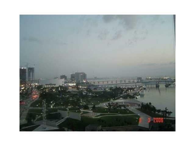 One Miami #1820 photo02