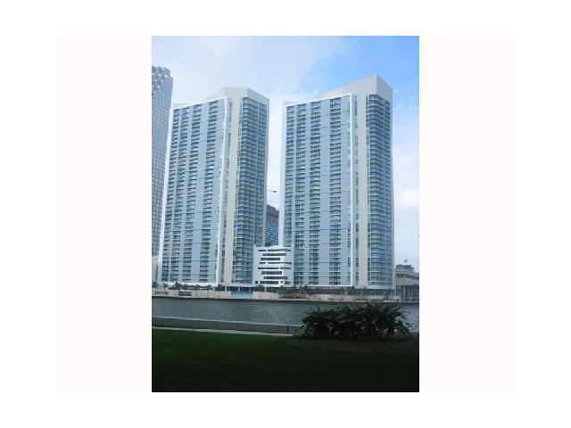 One Miami #1820 photo05