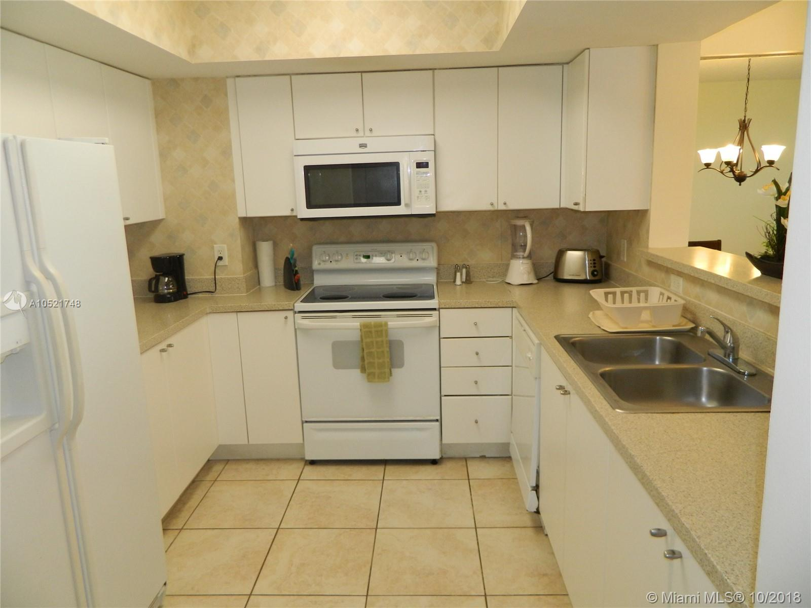 17375 Collins Ave #806 photo012