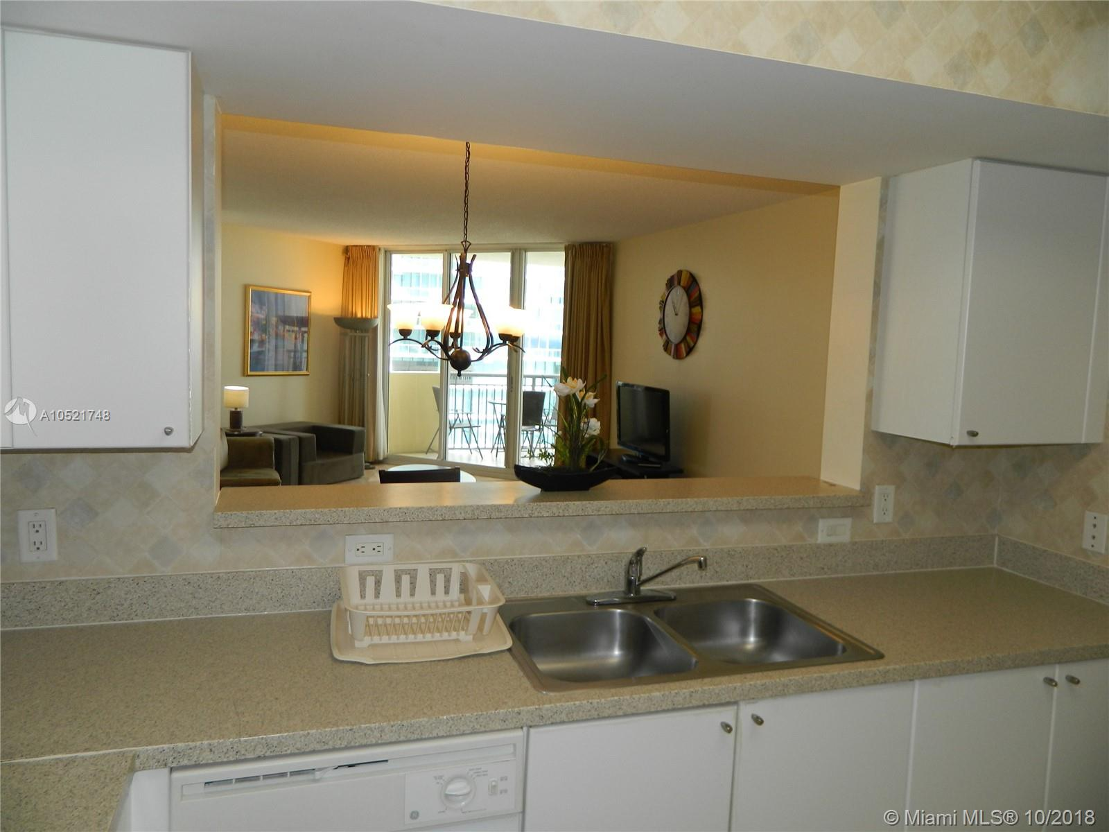 17375 Collins Ave #806 photo04