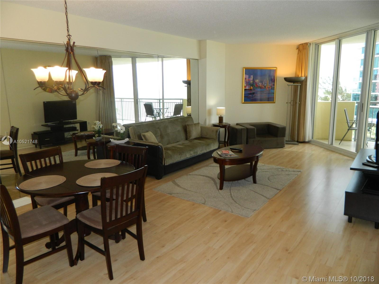 17375 Collins Ave #806 photo06