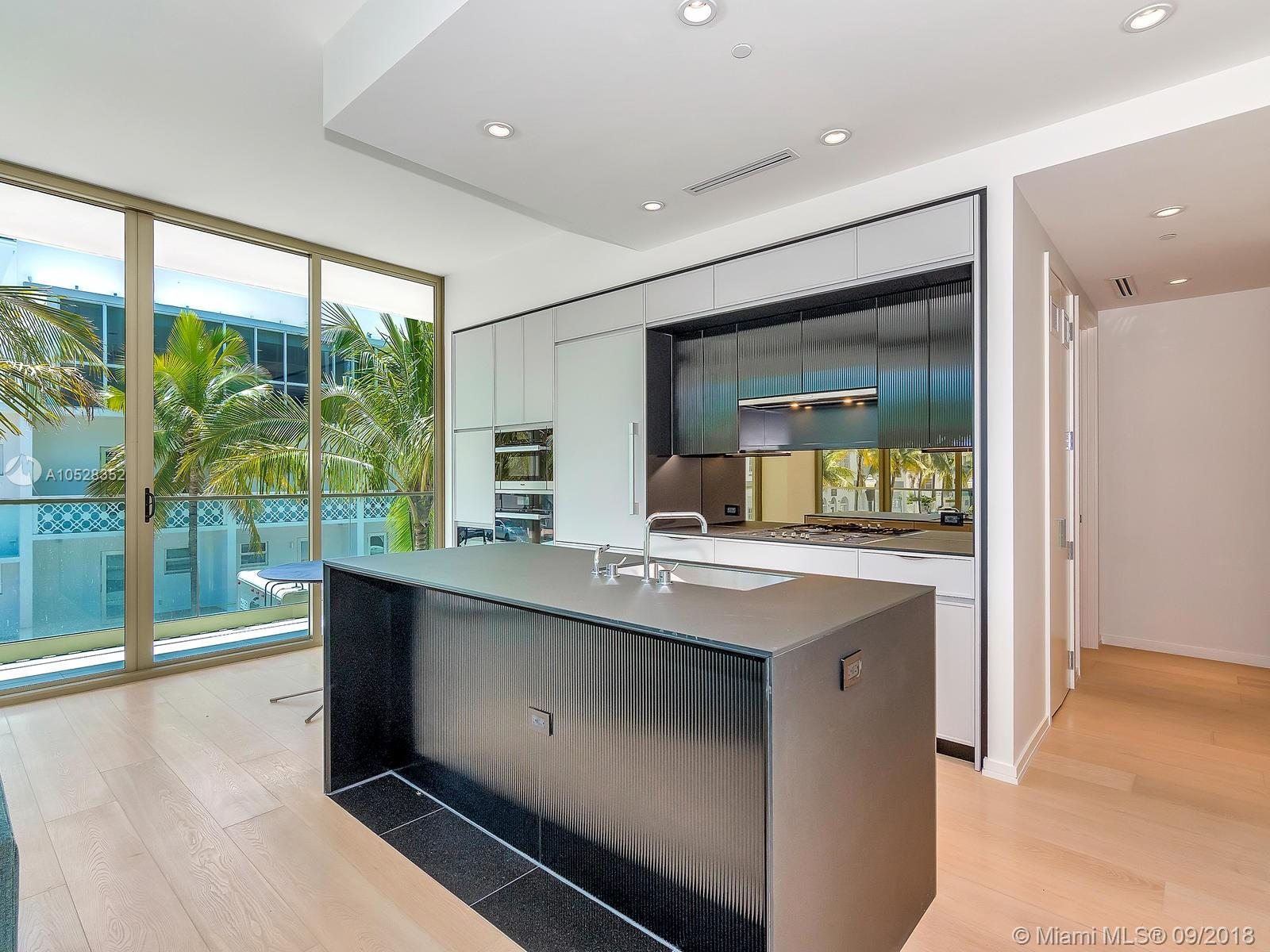 300 Collins Avenue #2E photo04