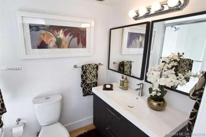 2625 Collins Ave #418 photo010
