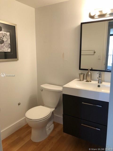 2625 Collins Ave #418 photo042