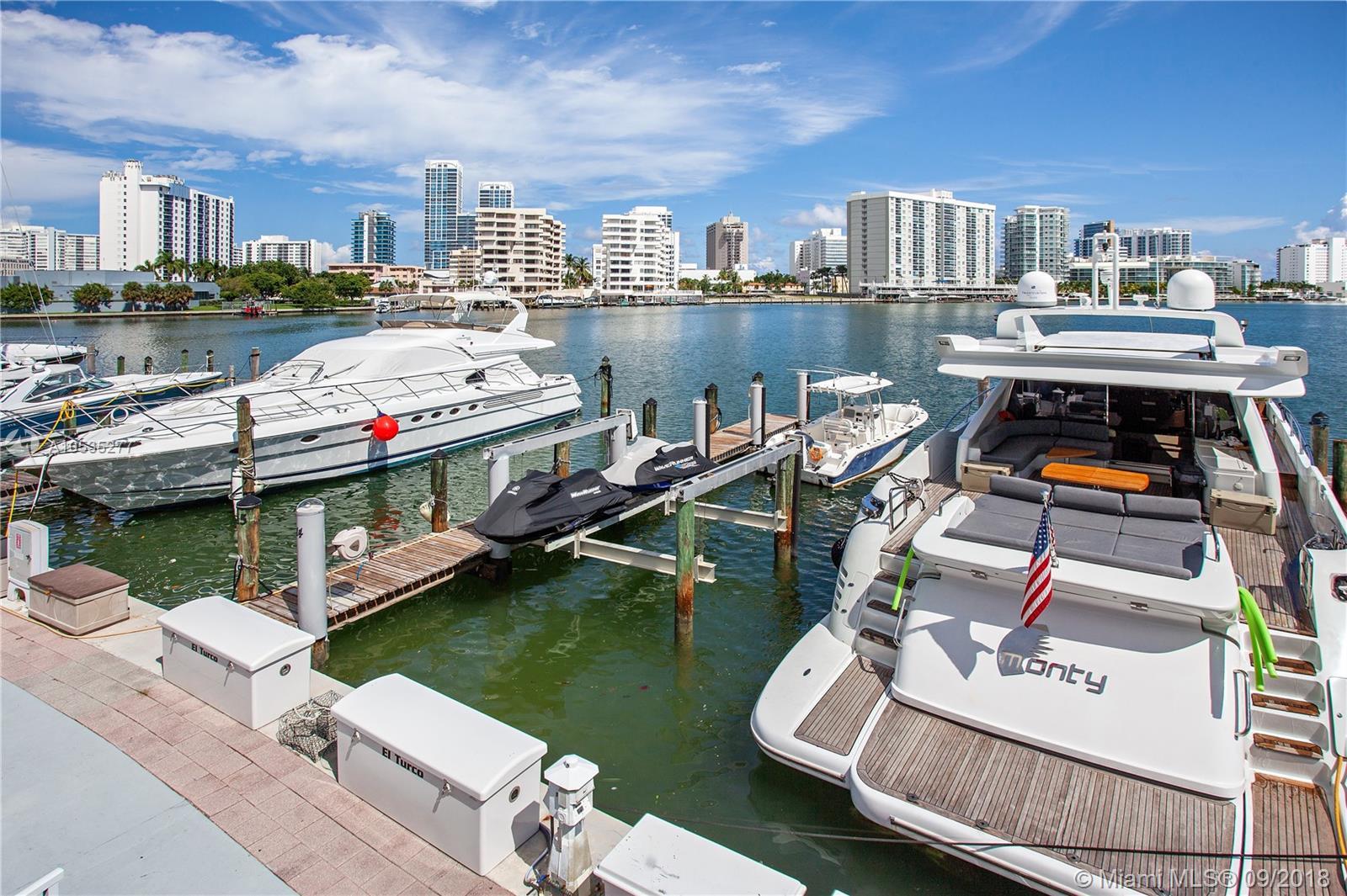 900 Bay Drive #DS14 - Miami Beach, Florida