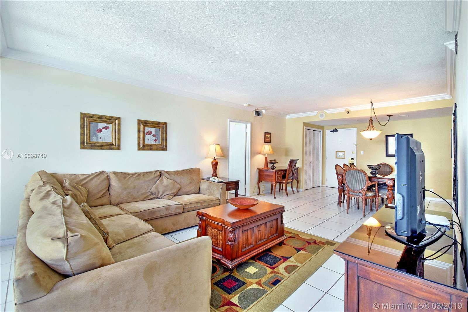 5225 Collins Ave #1416 photo06