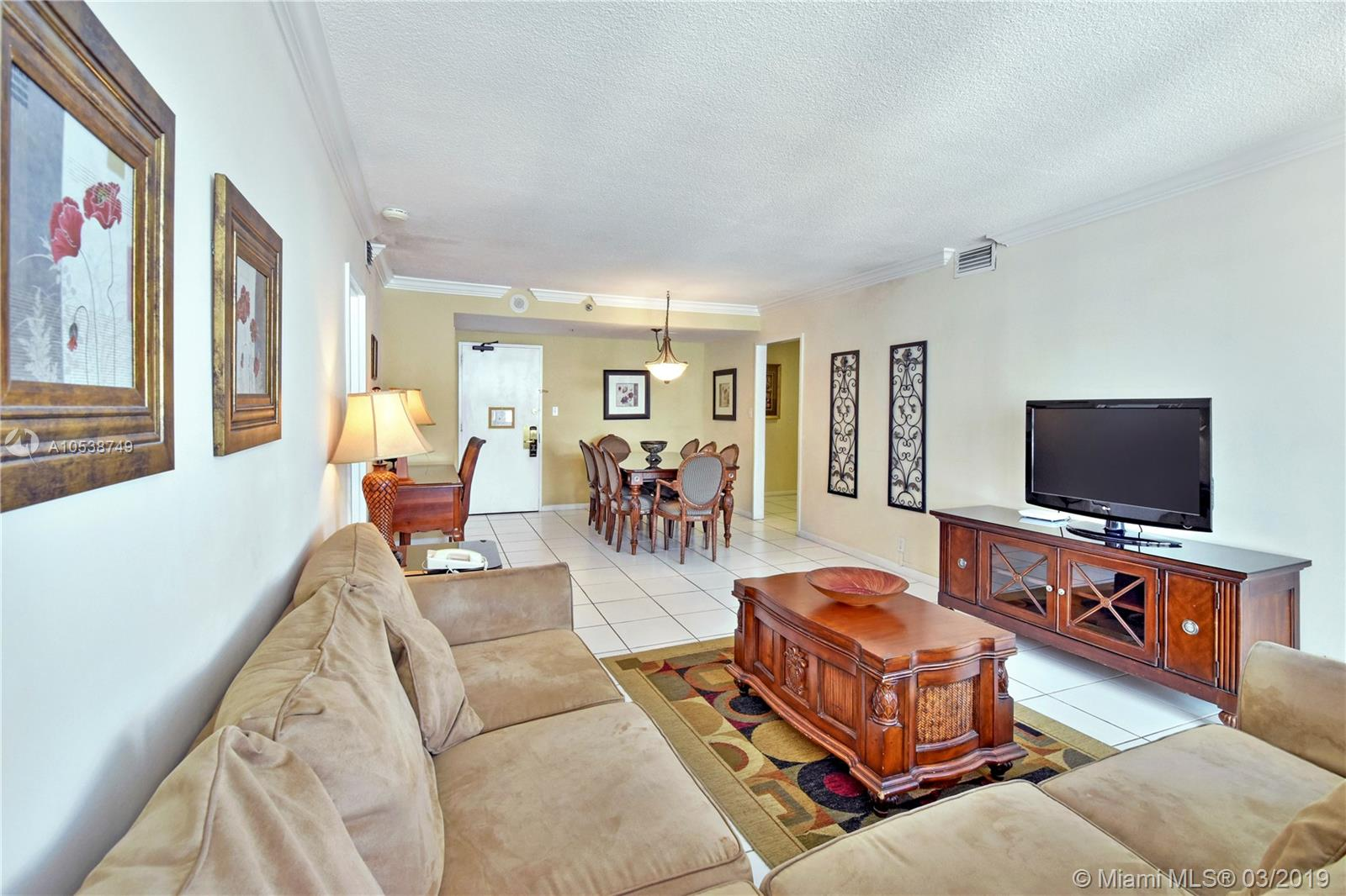 5225 Collins Ave #1416 photo07