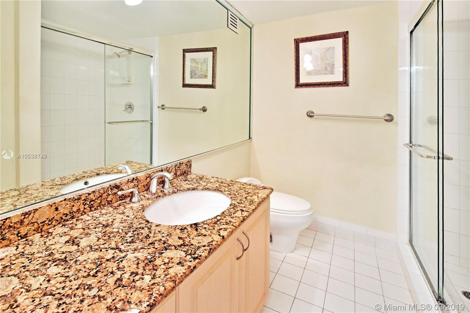 5225 Collins Ave #1416 photo09