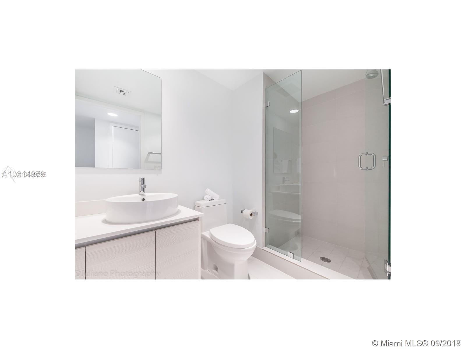 2602 E Hallandale Beach Blvd #R1806 photo018