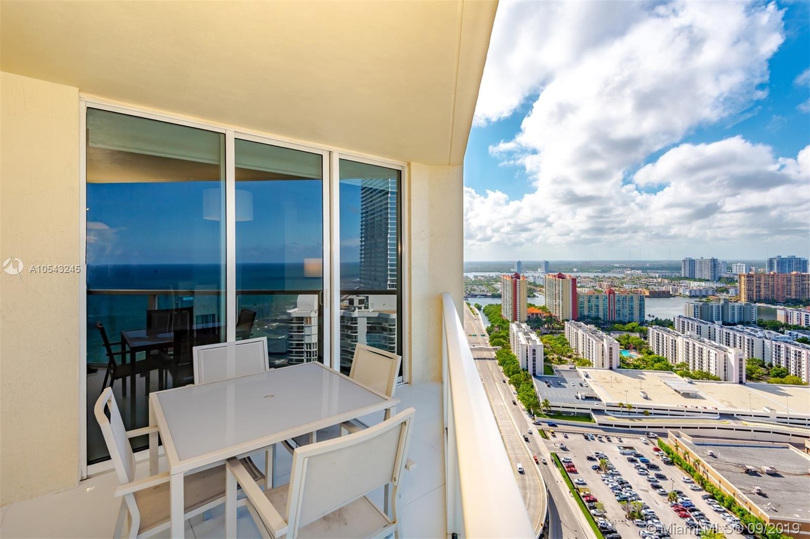 16699 Collins Ave #3505 photo012