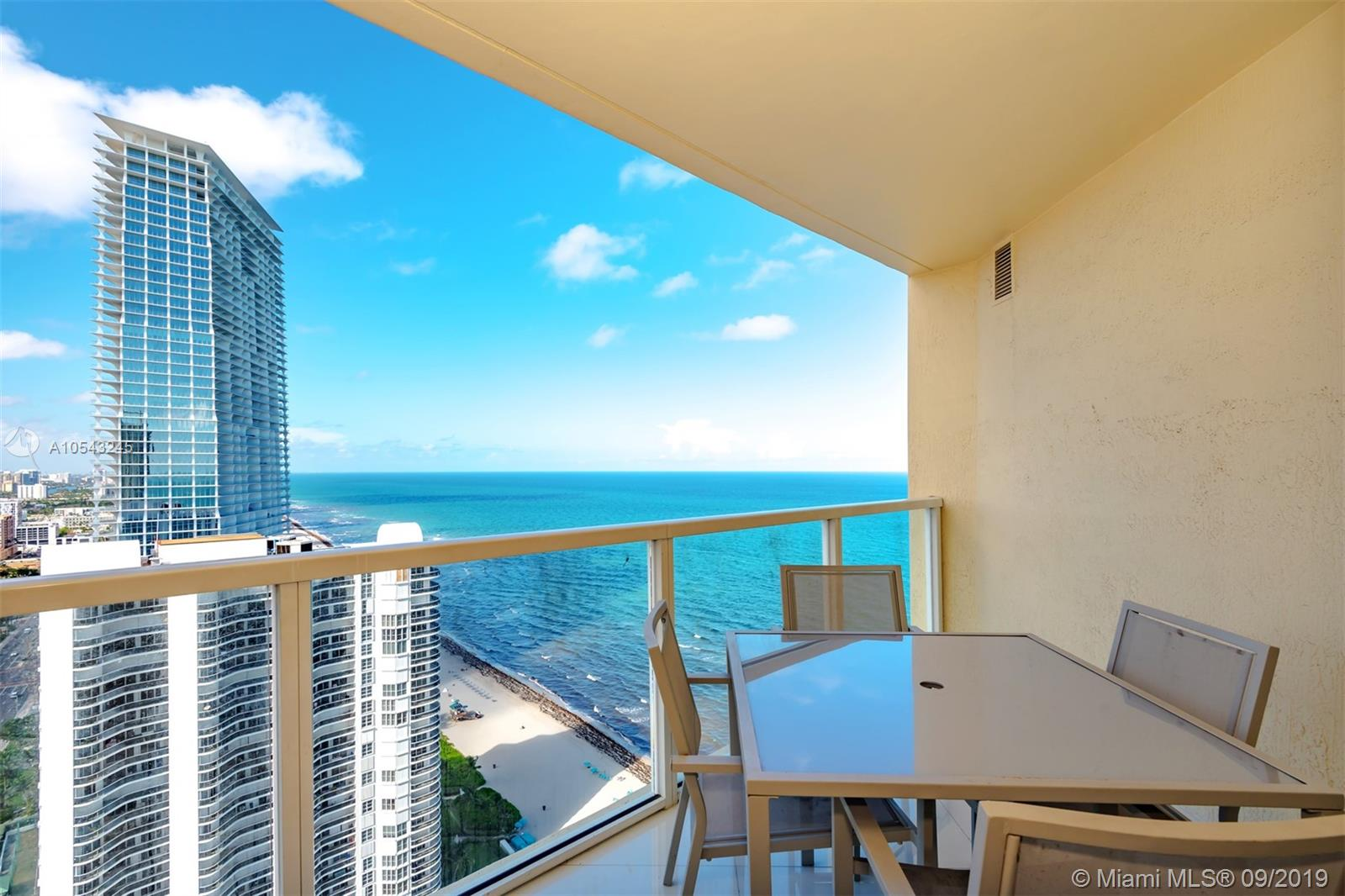 16699 Collins Ave #3505 photo02