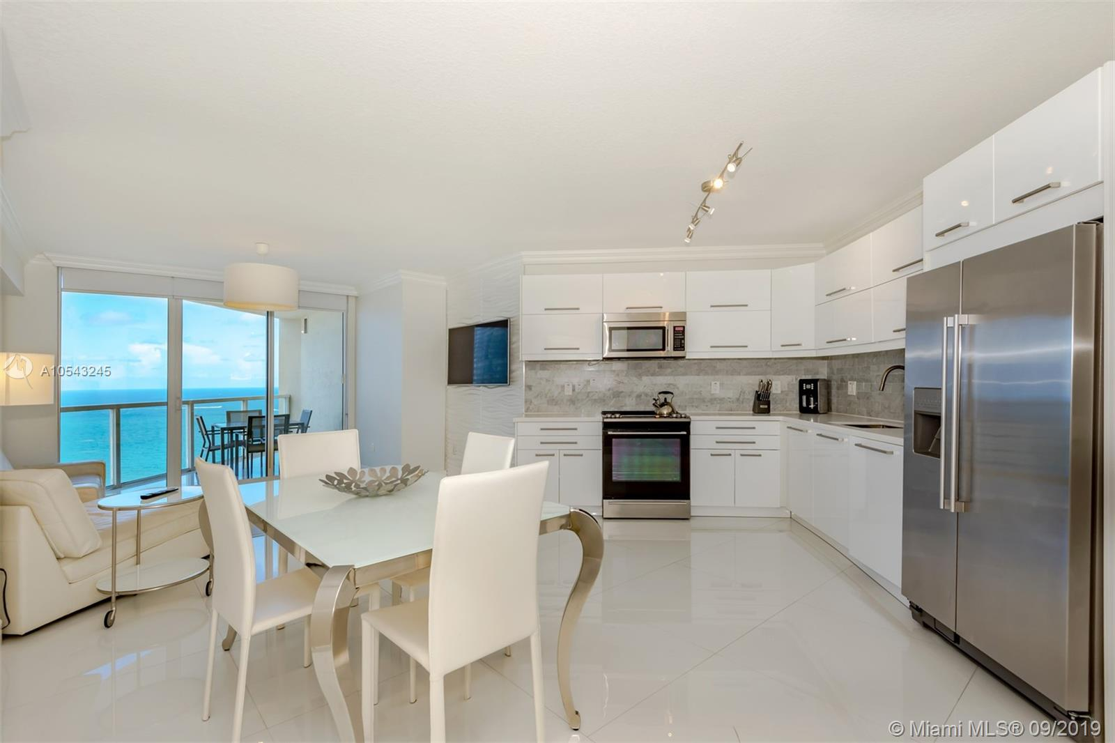16699 Collins Ave #3505 photo04