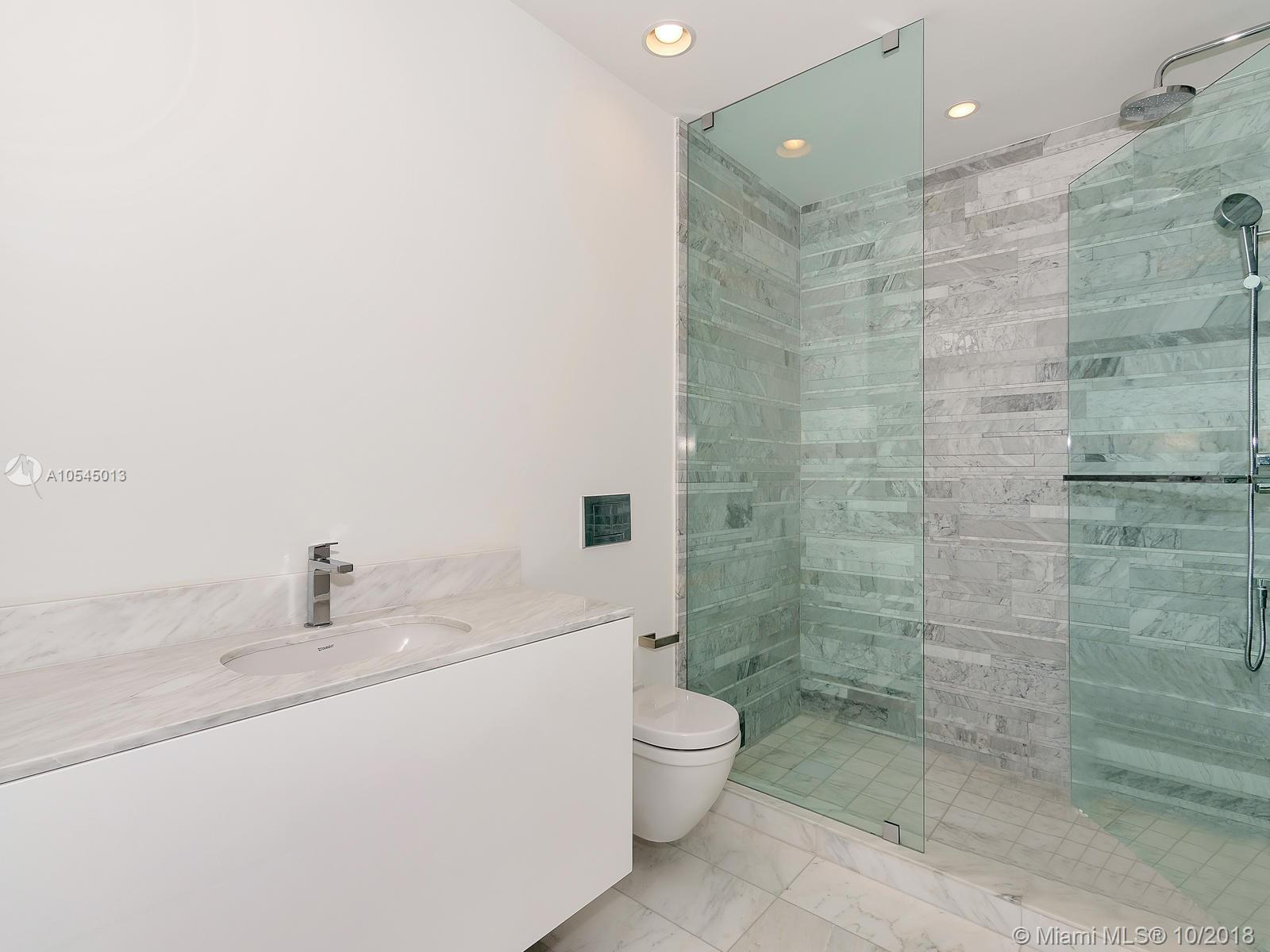 10201 Collins Ave #1507 photo026