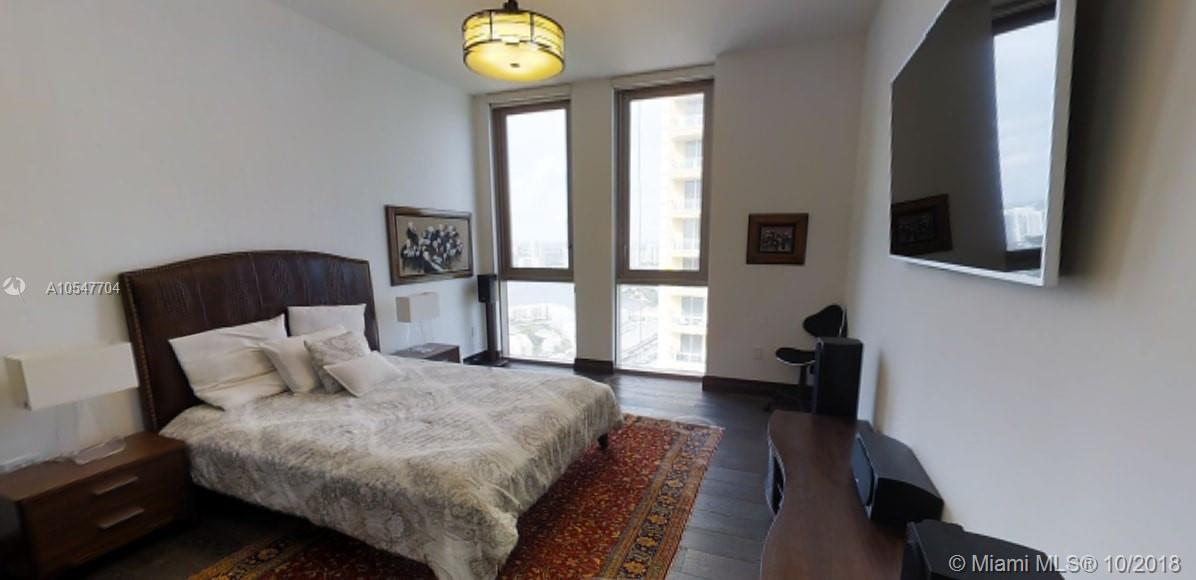 17749 Collins Ave #3401 photo07
