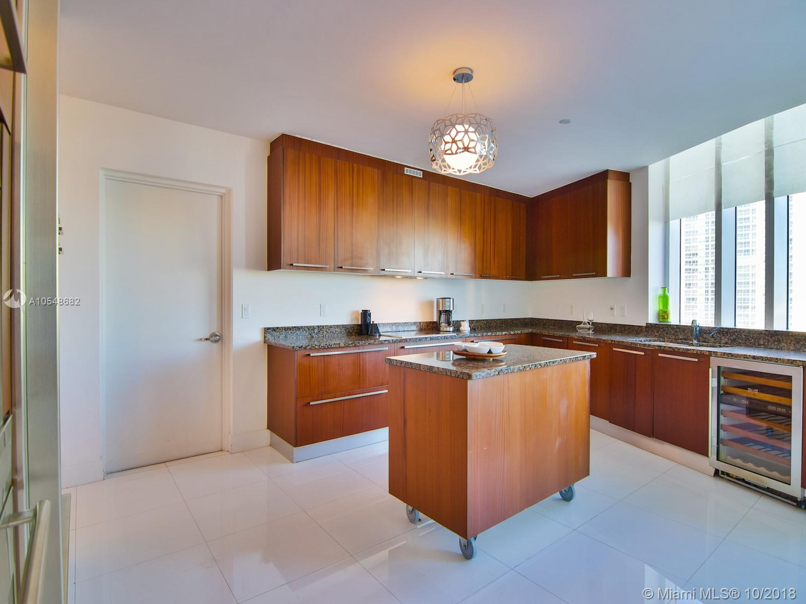 Property 15811 Collins Ave #1206 image 2