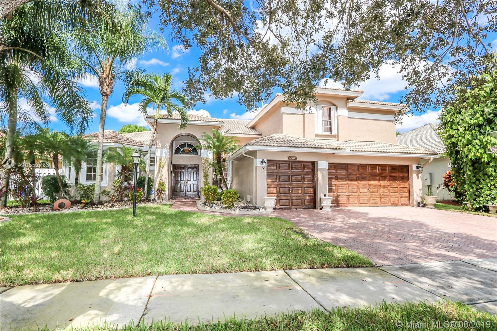 Property for sale at 12905 NW 23rd St, Pembroke Pines,  Florida 33028