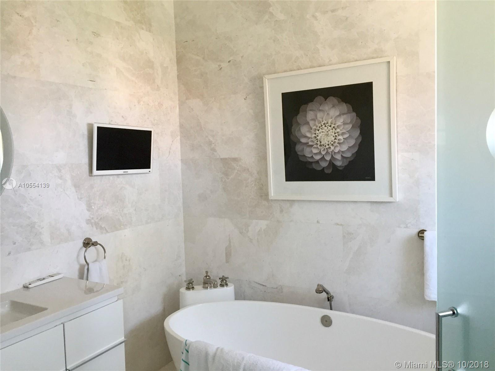 15721 Fisher Island Dr #15721+15722 photo010